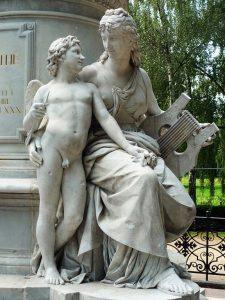 Goethe-memorial à Berlin, de Fritz Schaper. Vue partielle : Allégorie de l'art lyrique (et amour). (auteur image : Manfred Brückels - licence CC BY-SA 3.0)