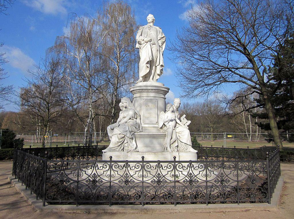 Statue de Goethe au Tiergarten de Fritz Schaper (érigée en 1880 ) (author image : Jörg Zägel licence CC BY-SA 3.0)